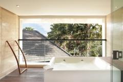 Quad Whirlpool Suite Room